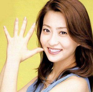 乳がん闘病中の小林麻央さんが新しい「小林麻央 オフィシャルブログ」開設