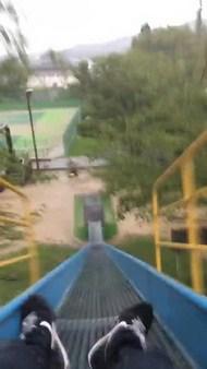 """""""怖すぎる滑り台""""としてネットで話題の愛媛県今治市の滑り台を一時使用禁止"""