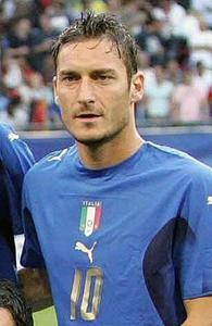 《フランチェスコ・トッティ》イタリアサッカー、ローマのフランチェスコ・トッティ契約満了で引退か!?